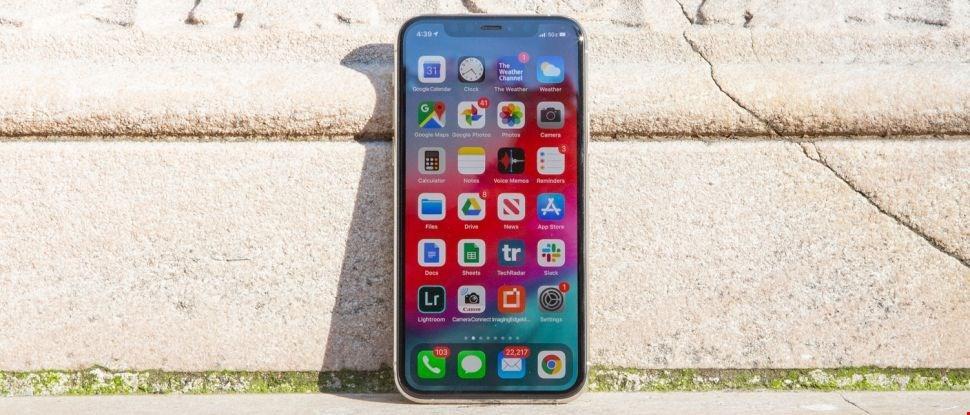 صفحه نمایش iphone 11 pro