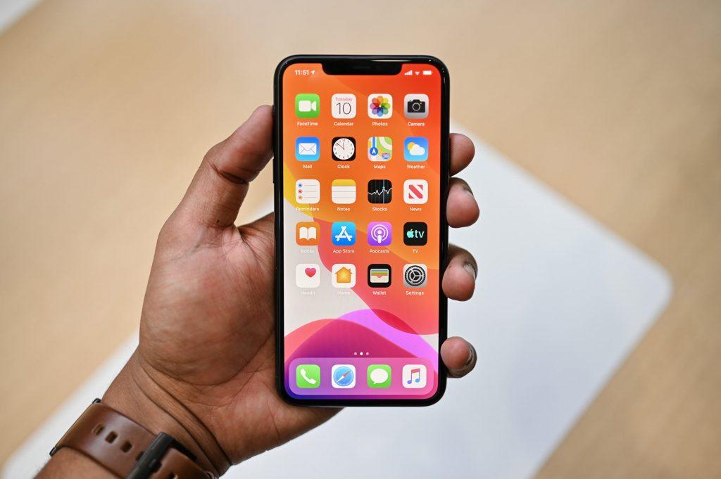 صفحه نمایش iphone 11 pro max